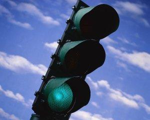 Green-Light-732415